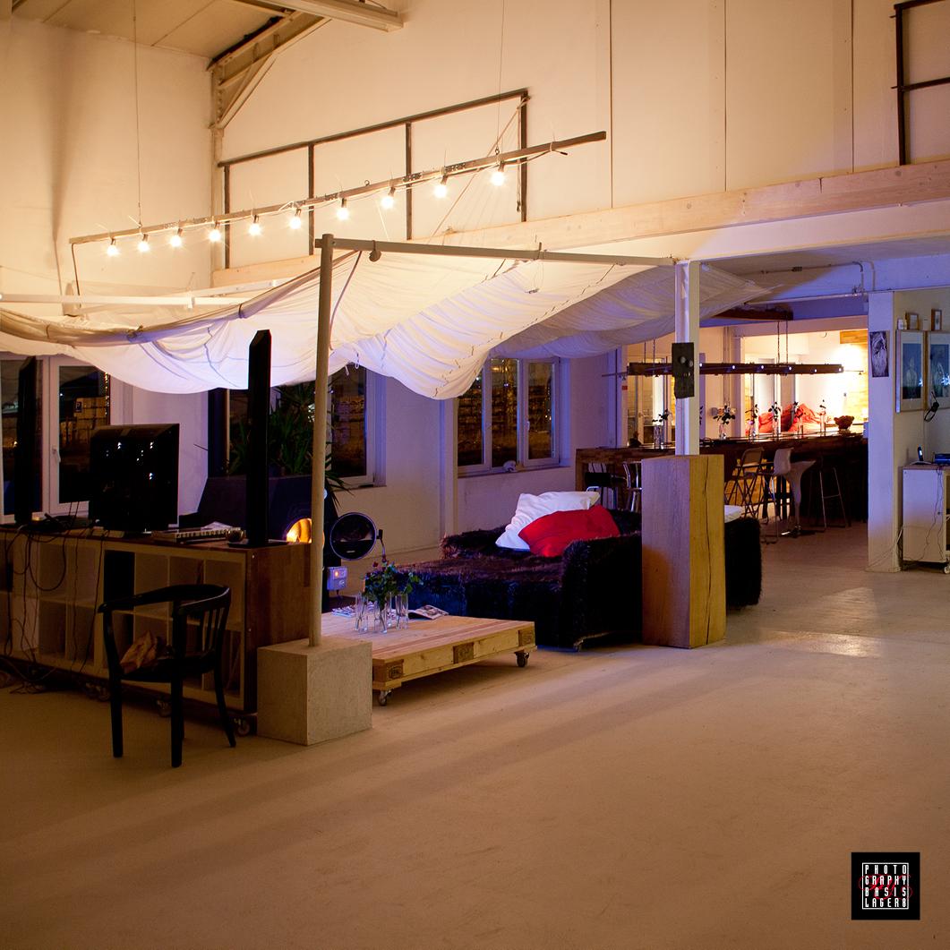 Blick vom Studio Richtung Lounge